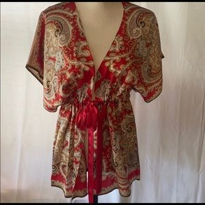 Red silk floral kimono with tie/belt Cabi small